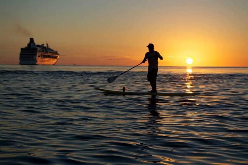 bonaire paddleboarder