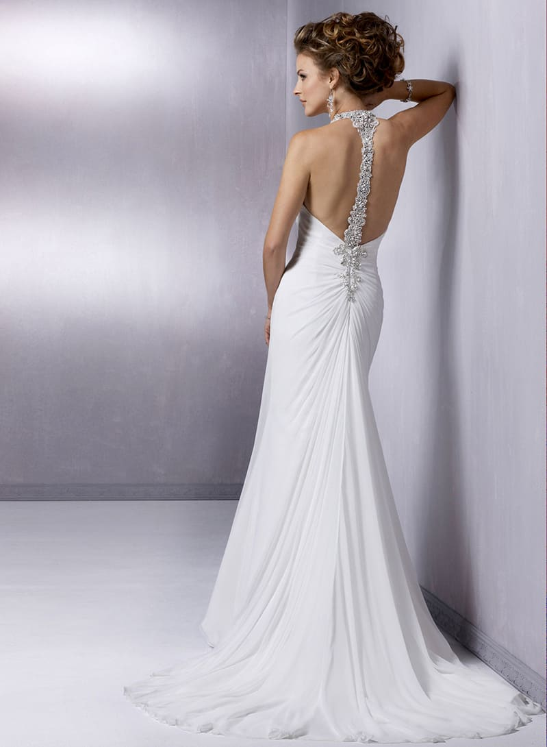our beach wedding gown of the week by maggie sottero. Black Bedroom Furniture Sets. Home Design Ideas