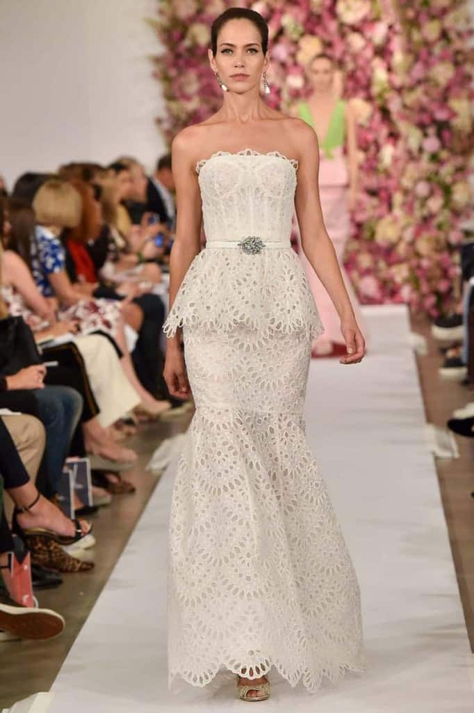 Oscar de la renta full wedding gown