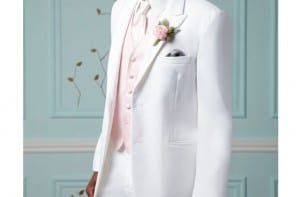 Destination wedding suit of the week by: Pronto Uomo